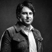 مسعود حسین پور  فعال در حوزه آموزش جلوههای ویژه (Visual Effects (VFX  انیمیشن و موشن گرافیک